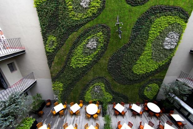 green-wall_040316_03