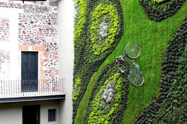green-wall_040316_04